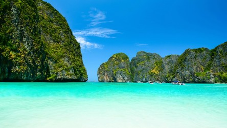 Maya Bay Phi Phi Islands Scuba Diving Best Day Trip