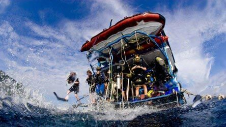 Learn to dive in Phuket, Thailand with Aussie Divers