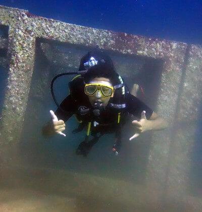 Scuba diver at Rach Yai Bay 1 with Aussie Divers Phuket