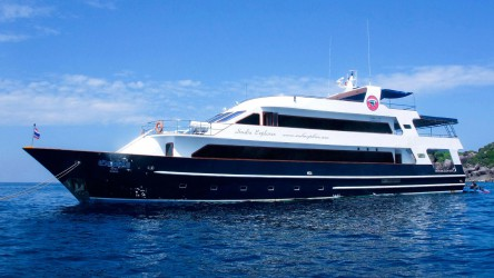 Similan Island Luxury Liveaboard Diving Holidays With Aussie Divers Phuket