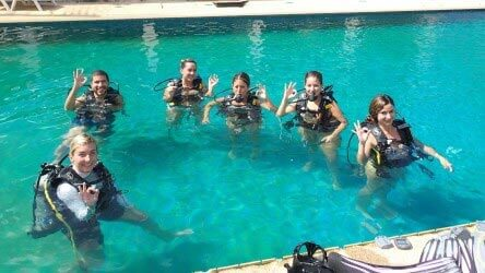 Free try dives in Phuket with Aussie Divers