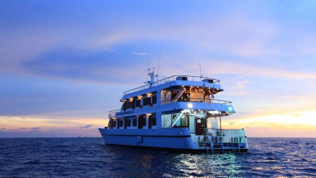 Hallelujah Sunset Liveaboard Similan Islands Phuket Thailand Best