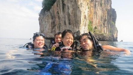 Having Fun Padi Advanced Open Water Course Aussie Divers Phuket