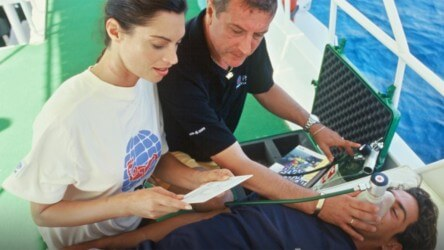 PADI Specialty Course Emergency Oxygen Provider Aussie Divers Phuket