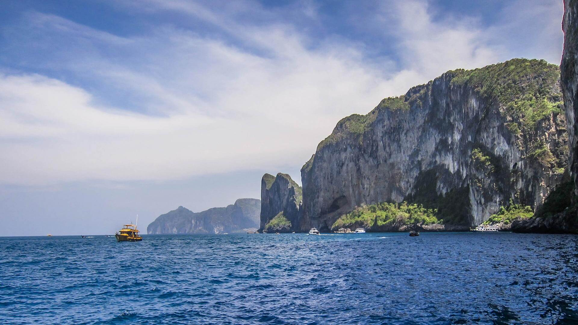 3 Dive Luxury Speedboat Day Trip – Phi Phi