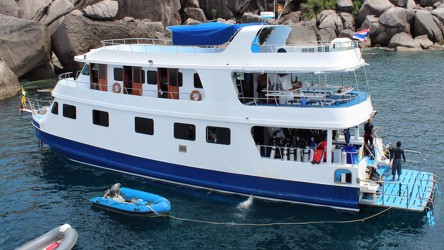 Manta Queen 2 Scuba Diving Similan Islands Liveaboards Phuket Thailand