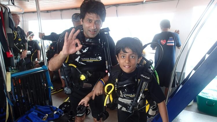 Padi Discover Scuba Diving Ausie Divers Phuket Family Best