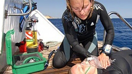 Padi Precialty Course Oxygen Provider Course Aussie Divers Phuket