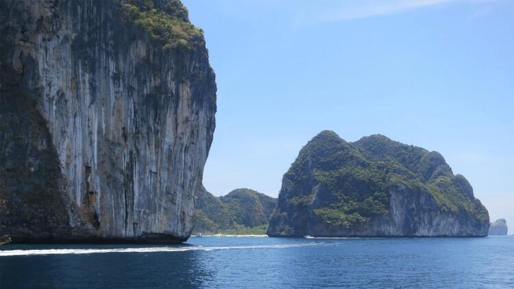 Phi Phi Islands Los Sama Bay Scuba Diving