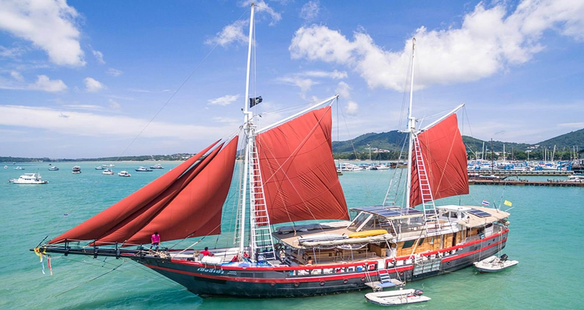 Massive 40% Discount off Phinisi Liveaboard