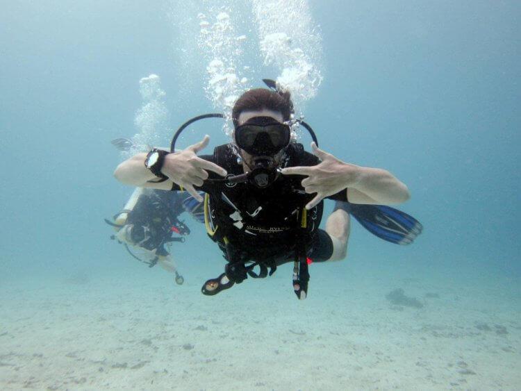 Happy Diver Racha Islands Scuba Diving Phuket