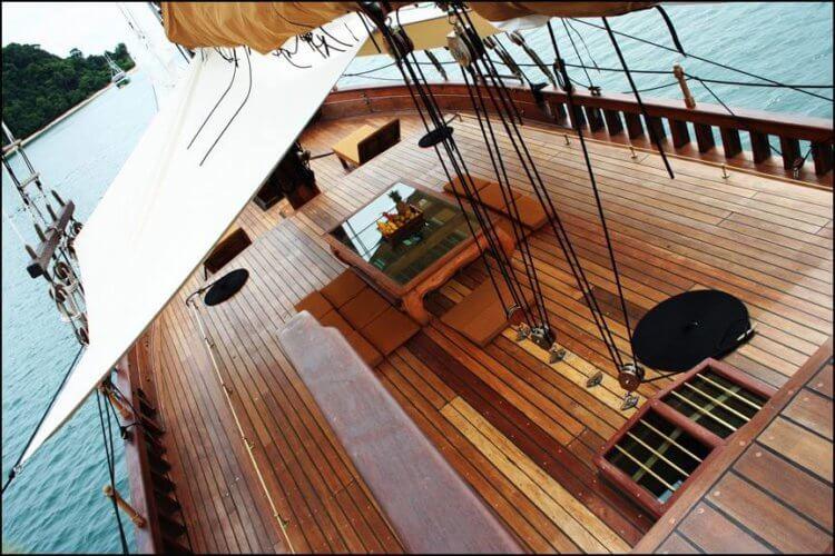 Andaman Diva Similan Island Liveaboard Deck
