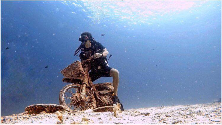 Aussie Divers Phuket Racha Yai Motorbike