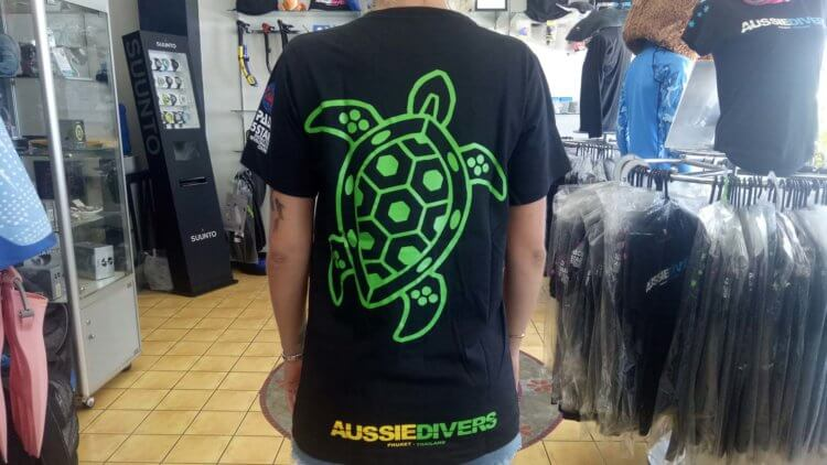 Turtle T-shirt Green Aussie Divers