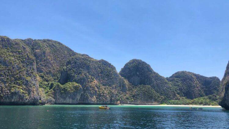 Maya Bay Phi Phi Aussie Divers Speedboat