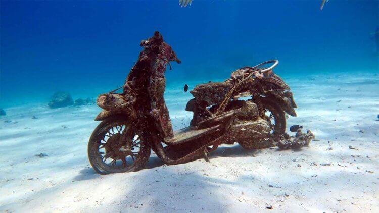 Scuba Scooter Racha Yai Aussie Divers