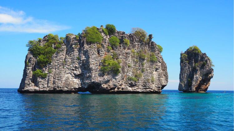 Two Koh Haa Islands Aussie Divers