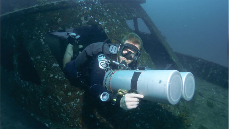 Wreck Exit PADI Sidemount Aussie Divers