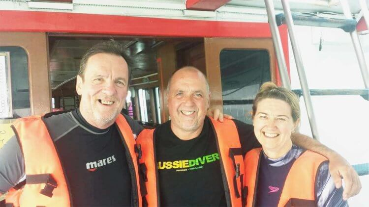Enjoying Life Scuba Diving with Aussie Divers