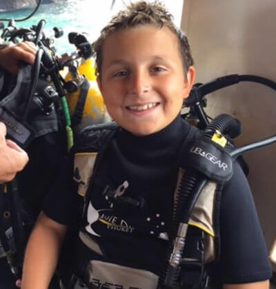 10 Year old Will on his fist dive